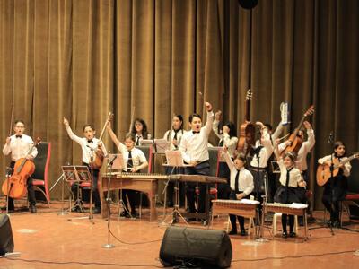 آموزشگاه موسیقی آوادیس